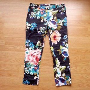 NWOT | H&M Floral Cropped Trousers | Size 8